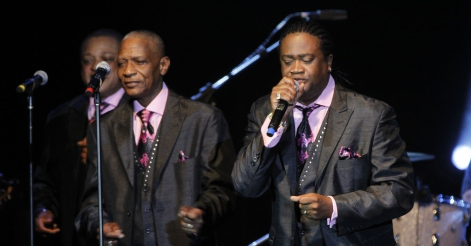 12jun2013---apos-passar-por-diversas-formacoes-o-the-stylistics-e-integrado-atualmente-por-airrion-love-jason-sharp-herbert-murrell-e-harold-eban-brown-1371101303709_956x500