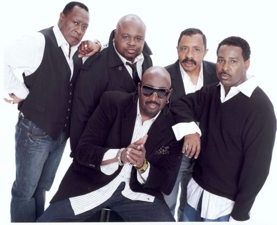 How many members were in the temptations